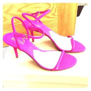 💕Michael kors hot pink leather heels sz 10 med 💕